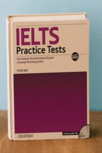 Oxford IELTS Practice Test with explanatory key